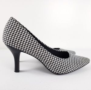 Predictions Comfort Plus Black and White Heels
